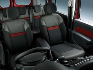 KANGOO-seat-20th_180601