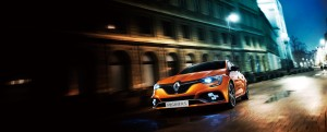MEGANE-RS-night-image-180627_180725