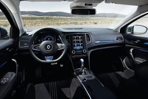 Renault_MeganeGT_Inpane-600x400